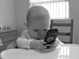 smartphone-kid
