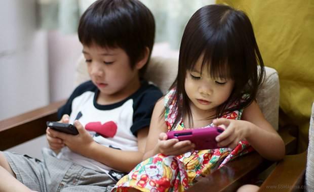 Kinder lieben Smartphones