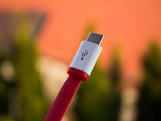 Eine neue Authentifizierungsfunktion soll USB Type-C sicherer machen.