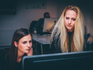 Der Weltfrauentag dient als Reflektion für die Wahrnehmung von Frauen in der Technikwelt.