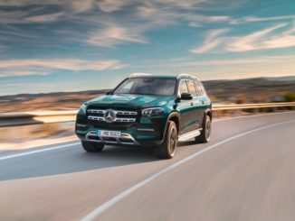 Der neue Mercedes-Benz GLS 2020 ist das größte und luxuriöseste SUV von Mercedes-Benz und bietet von allem mehr: mehr Raum, mehr Komfort, mehr Luxus.