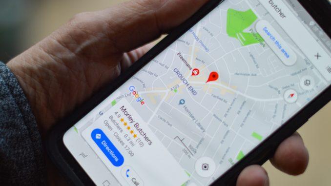 Google Maps intensiviert die Integrierung des Öffentlichen Personennahverkehrs (ÖPNV). Es gibt bereits zahlreiche Navigationshilfen für Pendler. Neu ist nun, dass Google Maps auch die Auslastung der Verkehrsmittel als Info angeben wird.