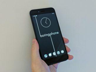 Das BoringPhone ist dazu konzipiert, die Smartphone-Sucht zu bekämpfen. Es bietet die wichtigsten Funktionen eines Telefons und verhindert gleichzeitig drei der größten Ablenkungen: E-Mail, Web und Social Media.